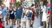 Baleares, las cifras confirman las previsiones|Foto: Turistas en Palma (Mallorca)- El Mundo