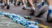 Reino Unido prohíbe las botellas de plástico de un solo uso en maratones|Foto: Getty / Getty vía La Vanguardia