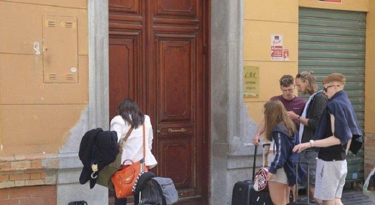 Pisos turísticos irán a los tribunales contra la tasa de basura en Málaga|Foto: Javier Albiñana vía Málaga Hoy