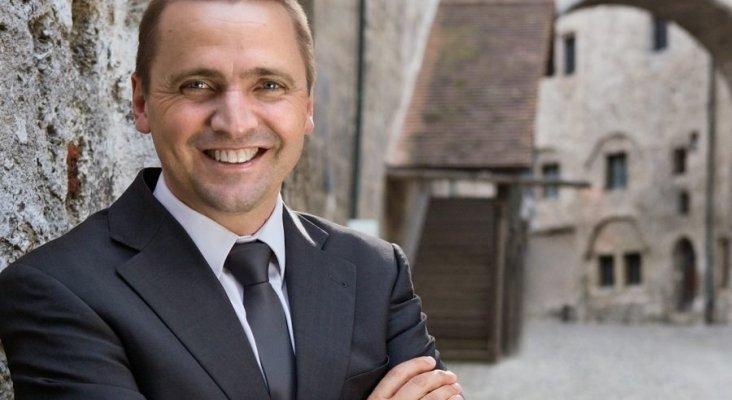 Thomas Bösl, CEO del grupo rtk reisen y portavoz de QTA