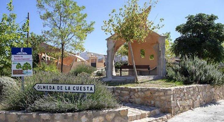 Pueblo de Cuenca se llena de esculturas para atraer al turismo