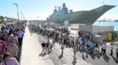 El portaaviones Juan Carlos I atrae a más de 12.000 visitantes en Motril|Foto:  Ñito Salas vía Ideal