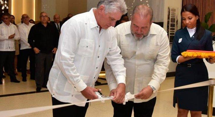 El presidente de Cuba inaugura el nuevo Iberostar de La Habana