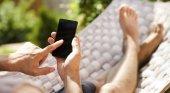 WhatsApp se inventa el 'modo vacaciones'|Foto: Publicidad y Salud by innuo