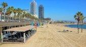 Cataluña aprueba un impuesto a restaurantes de playa|Foto: Restaurante Arenal en la playa de la Barceloneta- Grup Arenal