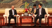 China y República Dominicana refuerzan su alianza con 18 acuerdos de cooperación Foto: Danilo Medina y Li Zhanshu vía El Nacional