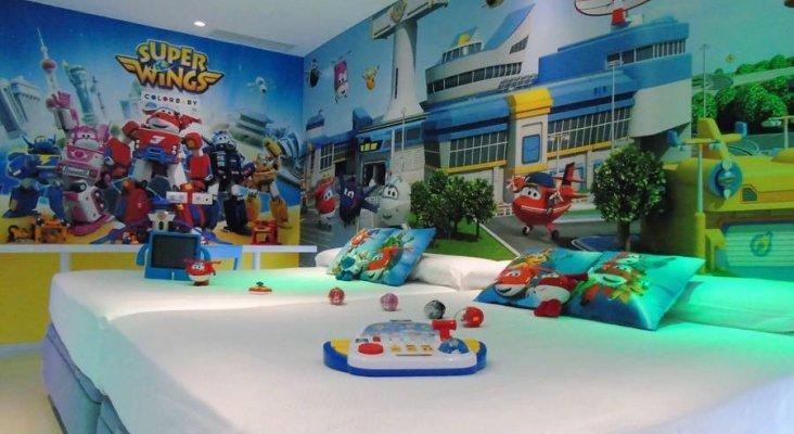 Hotel del Juguete, un concepto de hotel para Niños Grandes y Pequeños-1