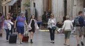 Sentencia a favor de tres pisos turísticos frente a la orden de cierre del Ayuntamiento|Foto: Manuel Molines- Las Provincias