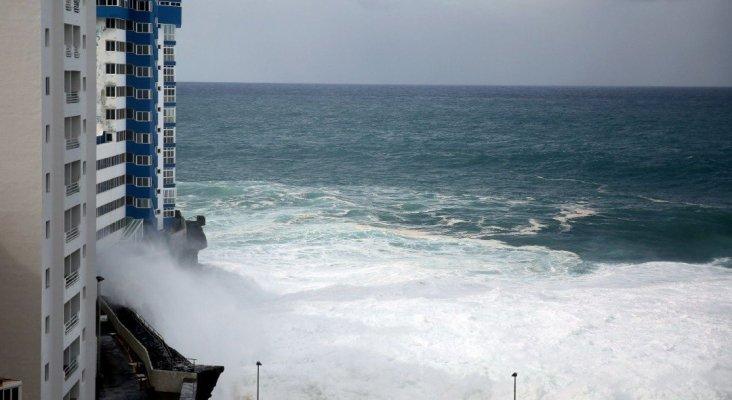El mal tiempo frustra las vacaciones en zonas turísticas de España|Foto: Avenida Marítima de Garachico