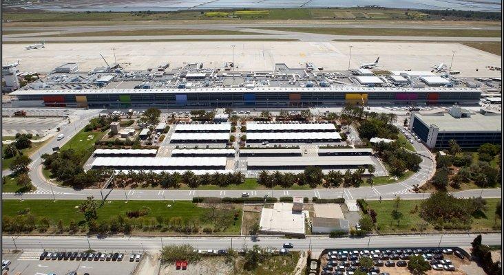 El Aeropuerto de Ibiza cierra parte de sus instalaciones durante el invierno|Foto: grupocobra.com