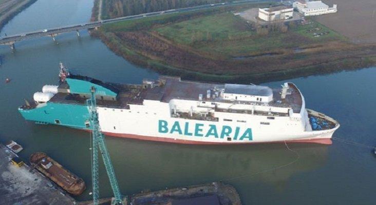 Baleària pone a flote uno de sus buques propulsado por gas natural licuado