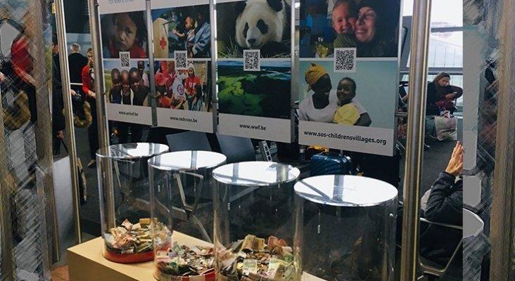 El panda gana la batalla a los niños en las 'charity box' del aeropuerto de Bruselas