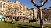 Pamplona pide a los vecinos que denuncien los pisos turísticos ilegales|Foto: Plaza del Castillo, Pamplona- Turismo en Navarra