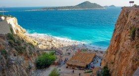 Los alemanes cambian España por Turquía para las vacaciones de invierno|Foto: Playa Kaputas en Antalya, Turquía