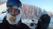 La historia del ciclista que casi muere congelado en Siberia a -50º|Fotograma vídeo Invierno en bici por Siberia vía Eduardo Lainez