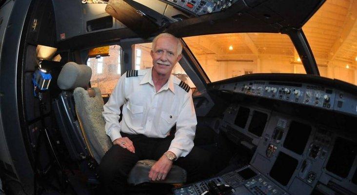 """Premian a un piloto retirado por su """"milagroso"""" amerizaje en el río Hudson Foto: Transponder 1200"""