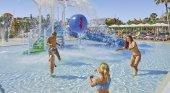 Alojamiento gratis para los niños de hasta 14 años con Alltours|Foto: Hotel Ciudad Laurel (Mallorca)- alltours.de