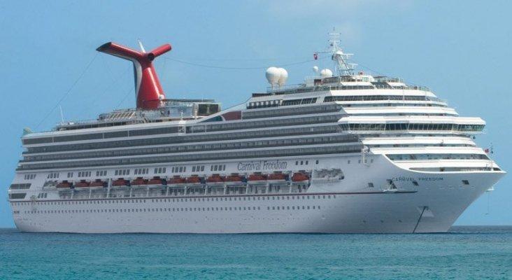 Carnival emite diez veces más óxido de azufre que 260 millones de coches en Europa|Foto: cruiseweb.com