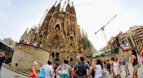 España, medalla de bronce en la recepción de turistas Foto: iberoeconomia.es