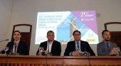 Foto: José Alberto Díaz, alcalde de La Laguna (2º por la izq.); Ángel Mariscal, alcalde de Cuenca (3ª por la izq.); y José Alberto Díaz, alcalde de Ibiza (a la drch.)