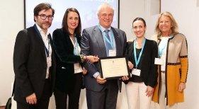 Marbella premia a una treintena de hoteles por contribuir a la calidad turística | Foto: Ángeles Muñoz, alcaldesa de Marbella, en el extremo derecho de la imagen