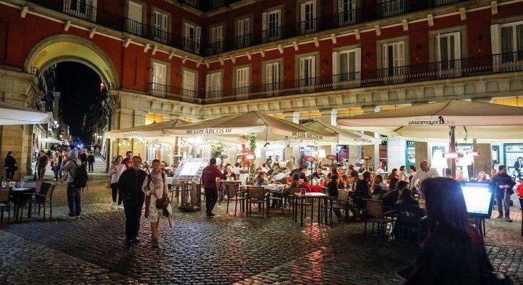 Los bares de Madrid no podrán poner música si la terraza tiene servicio | Foto: Reuters vía El Confidencial