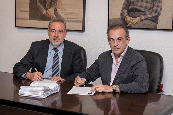 Luis Riu, CEO de RIU Hotels & Resorts; y Javier Basagoiti, socio presidente de Corpfin Capital Real Estate