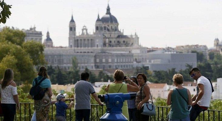 Proponen implantar una tasa turística de 5 euros en Madrid | Foto: EFE vía El Confidencial