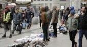 La incidencia del top manta arruina a los comerciantes de Madrid | Foto: El Mundo