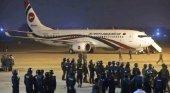 Abaten a tiros en Bangladesh al sospechoso de secuestrar un avión | Foto: EPA vía BBC