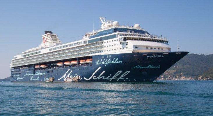 El Mein Schiff Herz abandonará las aguas de Canarias rumbo a África