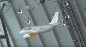 Un A320 teledirigido diseñado para volar en interiores| Fotograma- canal de Youtube RC RC RC!!