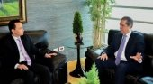 R. Dominicana y China buscan incrementar el flujo de turistas entre ambos países | Foto: Embajador de China en República Dominicana, Zhang Run (izq.), y el ministro de Turismo del país caribeño, Francisco Javier García- Bavaro Digital