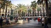 """Hoteleros de Barcelona piden """"corresponsabilidad"""" en la recaudación de tasa turística"""