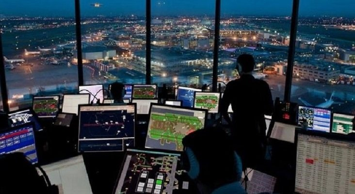 Enaire pagará el 100% del salario a los controladores aéreos novatos | Foto: noticiaslogisticaytransporte.com