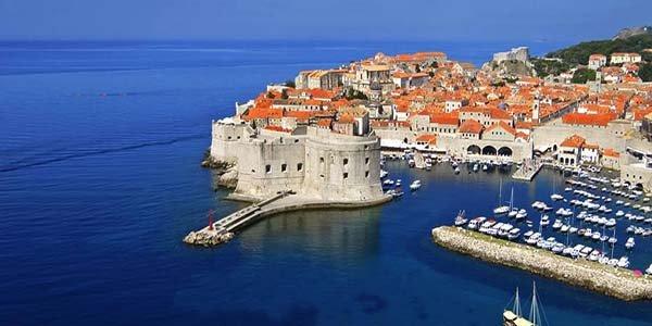 Dubrovnik limita el acceso a su casco antiguo ante el turismo masivo