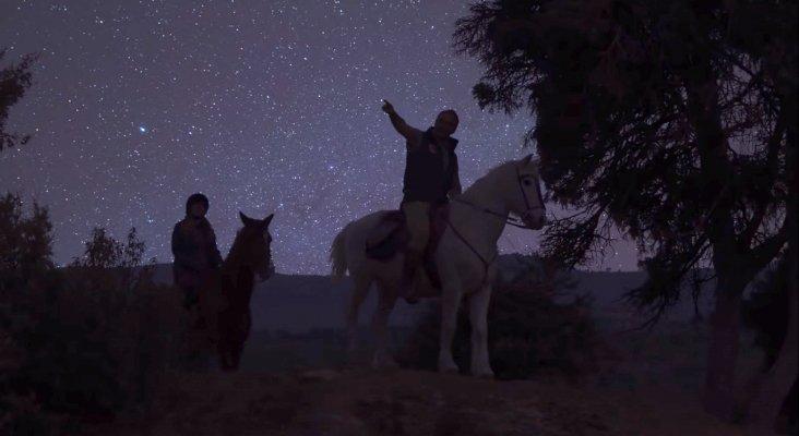 Astroturismo a caballo en la provincia de Ávila/ Ávila StarTelling/ Crédito: Turismo de Ávila