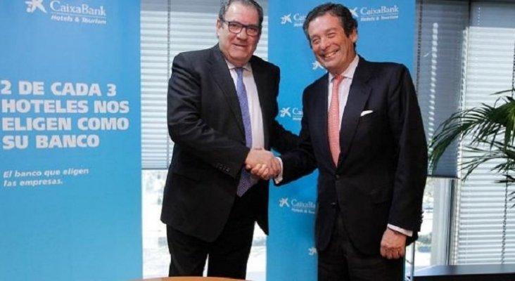 Joan Molas y Luis Cabanas anuncian ampliación del crédito de CaixaBank