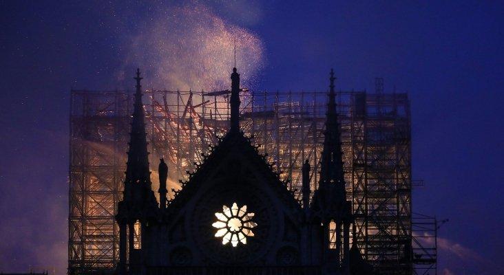 Notre Dame pasto de las llamas