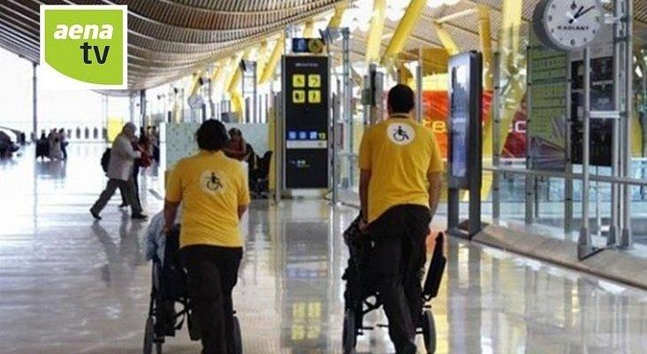 Vueling, implacable con la normativa de sillas de ruedas en el embarque| Foto: Aena TV