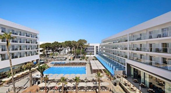 RIU inaugura el nuevo Riu Playa Park en Mallorca