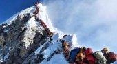 Se dispara hasta 10 el número de alpinistas fallecidos esta semana en el Everest