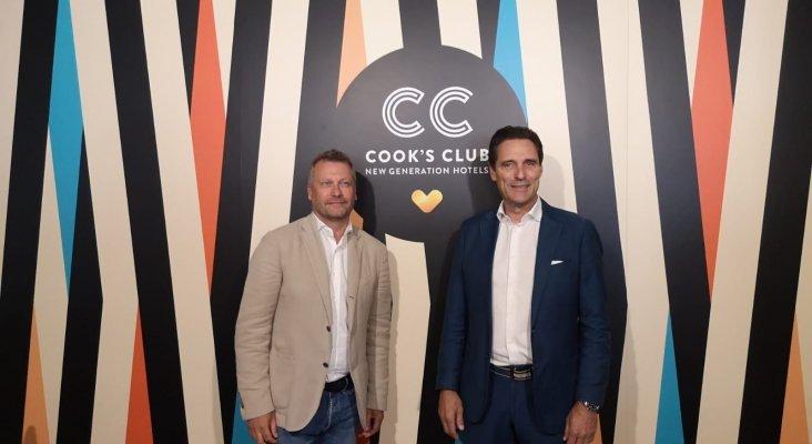 Peter Fankhauser, CEO de Thomas Cook, y Enric Noguer, CEO de la división de Hotels & Resorts