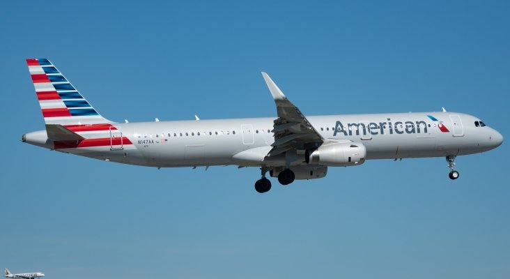 American Airlines Airbus A321 231 (N147AA) Miami International Airport