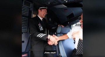 Un día del padre de película en un avión de Volaris