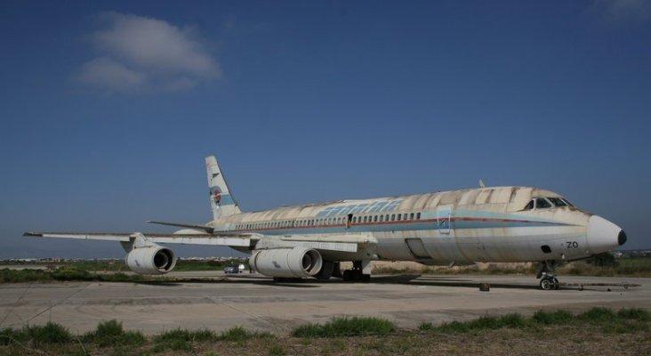 El Convair CV990 Coronado EC BZO permanece en el aeropuerto de Palma