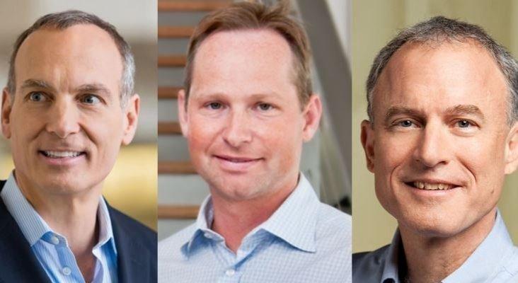 Los tres mejor pagados en el sector de 'viajes online' sufren recortes salariales | De Izq. a dch.: Glenn Fogel, CEO de Booking Holding; Mark Okerstrom, CEO de Expedia; y  Steve Kaufer, CEO de TripAdvisor- Skift- The New York Times