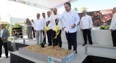 La cadena española Mac Hotels aterriza en R. Dominicana |Foto: Familia Amengual con Danilo Medina, presidente de República Dominicana (segundo por la izq.)- ntelemicro.com
