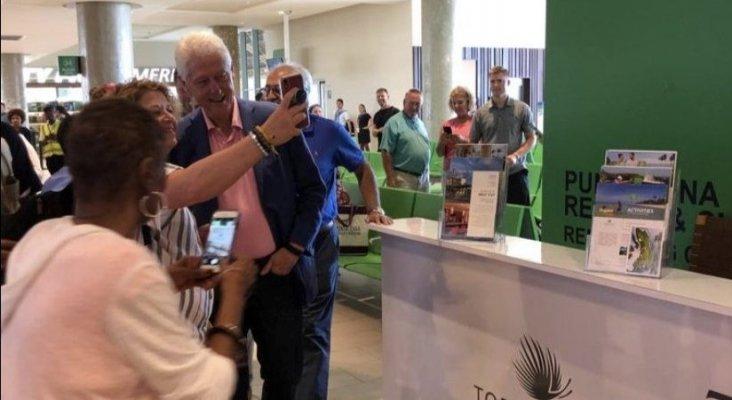 """Bill Clinton de vacaciones en R. Dominicana: """"El mejor mensaje a los turistas estadounidenses"""""""