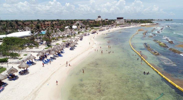 Sistema de barreras para reducir el sargazo en el Playa Bahia Principe Riviera Maya Resort